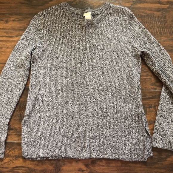 H&M Sweaters - (SOLD) H&M Sweater